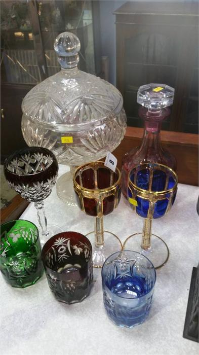 Lot 8 - Quantity of coloured glassware