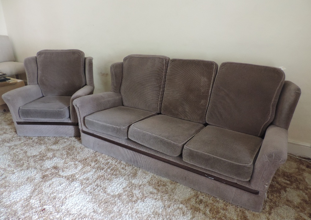 Lot 1 - A modern three piece Suite of Seat Furni