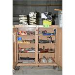 LOT/ KNAACK ROLLING JOB BOX WITH TOOLS AND HYDRAULIC POWER PACK [RIGGING FEES FOR LOT #25 - $150 USD