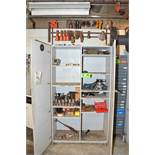 LOT/ CABINET WITH CONTENTS CONSISTING OF TOOLING AND SUPPLIES [RIGGING FEES FOR LOT #36 - $125 USD