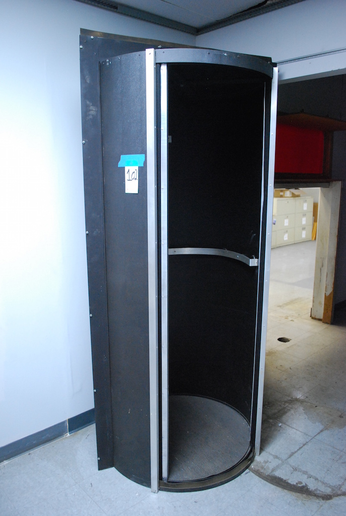 Lot 102 - VWR REVOLVING DARKROOM DOOR