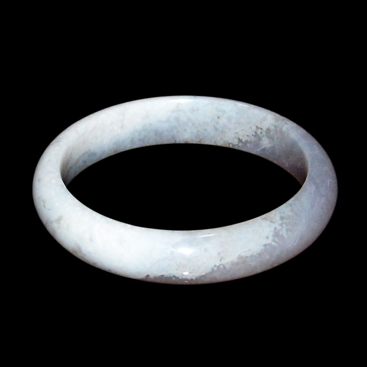 冰種紫羅蘭玉鐲 Glass Jadeite Lavender Bracelet. Diameter: 2¼ in (5.7 cm)  Weight: 40 g. Starting Price: $
