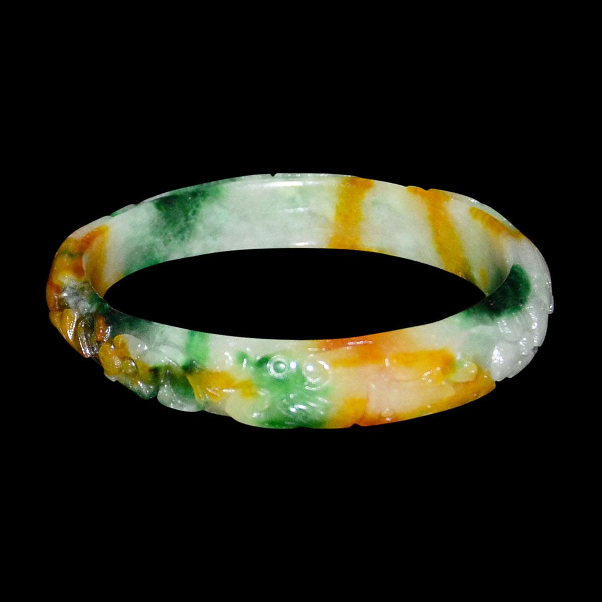 Lot 15 - 冰種翡翠福祿壽三色精雕花卉玉鐲 Glass Jadeite Tri-Color Bracelet Carved on the Exterior Floral Blooms. Diameter: