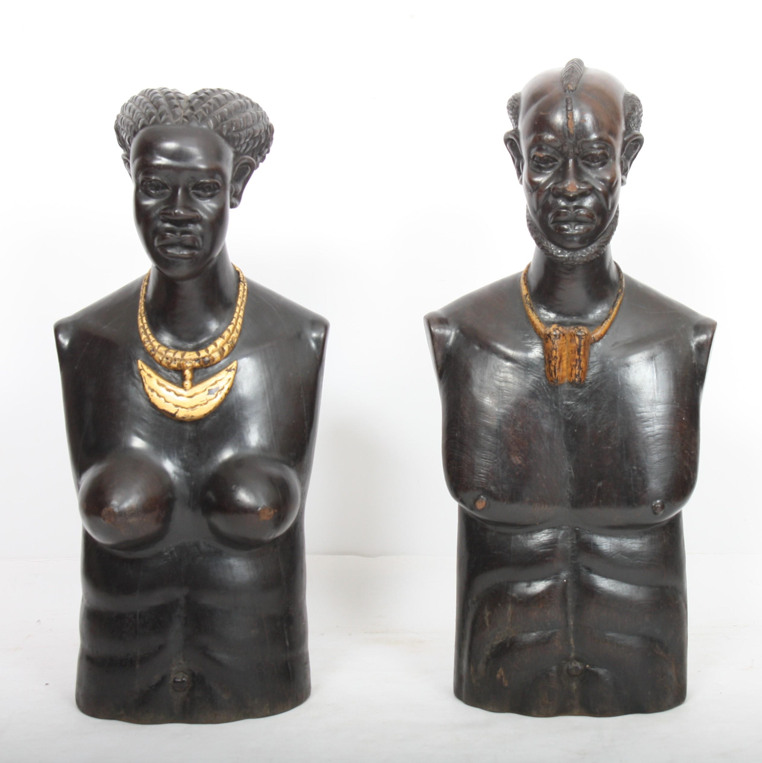 """Los 9 - IMPORTANTE PAIRE DE """"BUSTES D'UN COUPLE AFRICAIN"""" ART DECO En ébène sculpté [...]"""