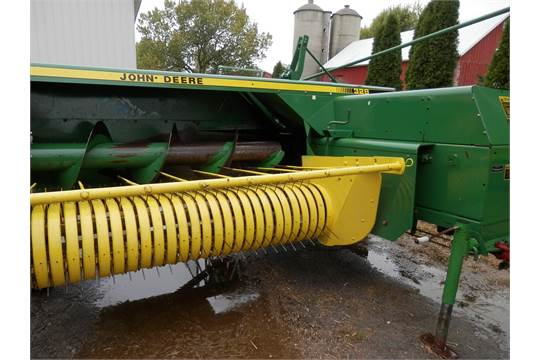 JD 328 small square baler w/ejector, hyd  swing pole
