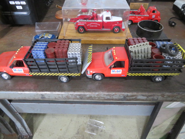 COLLECTOR TOY TRUCKS AND MOBIL PUMP PEN SET (NO PENS) (LOCATED IN LUMBERTON,NJ) - Image 5 of 5
