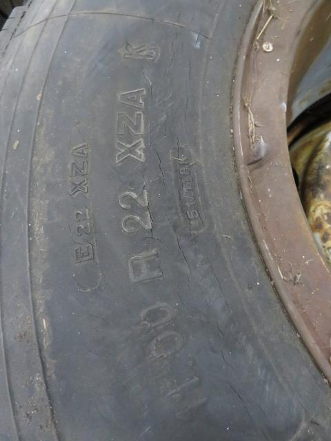 (2) SETS OF TIRES (11.00 R22XZA AND G124 10R22.5) (LOCATED IN LUMBERTON,NJ) - Image 2 of 7