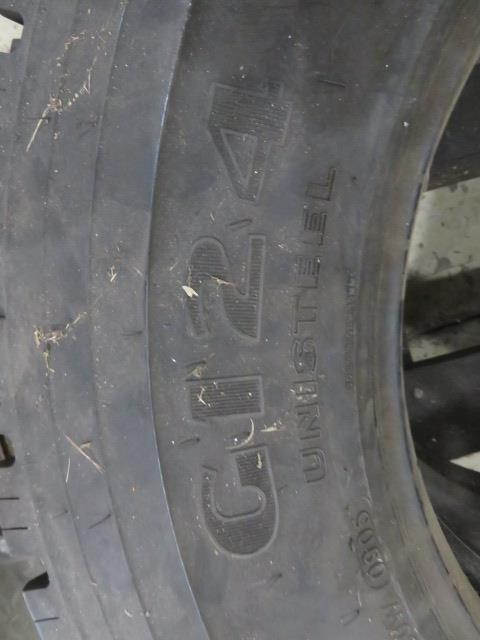 (2) SETS OF TIRES (11.00 R22XZA AND G124 10R22.5) (LOCATED IN LUMBERTON,NJ) - Image 4 of 7