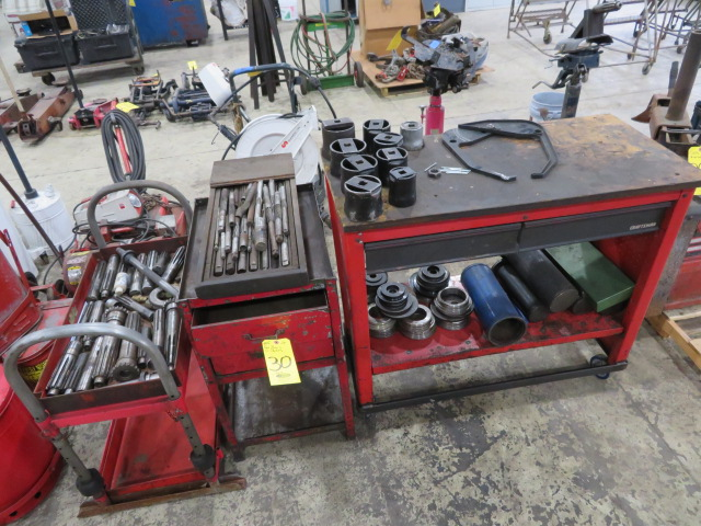 CRAFTSMAN ROLLING MOBILE BENCH W/TOOLING STAND, ASSORTED REAMERS AND SOCKETS (LOCATED IN LUMBERTON,