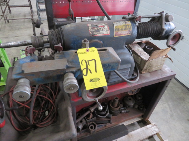 AMMCO BRAKE AND DRUM LATHE MDL. 4000 W/ASSORTED PARTS (LOCATED IN LUMBERTON,NJ) - Image 2 of 5