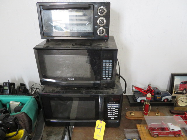 (2) MICROWAVE AND (1) TOASTER OVENS (LOCATED IN LUMBERTON,NJ)