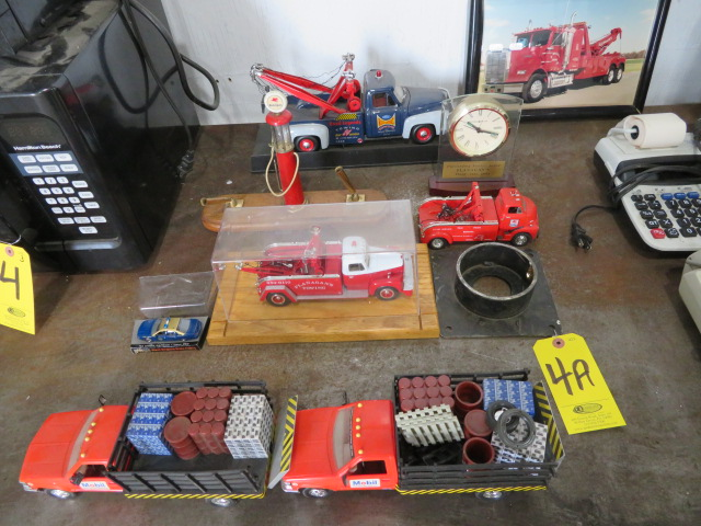 COLLECTOR TOY TRUCKS AND MOBIL PUMP PEN SET (NO PENS) (LOCATED IN LUMBERTON,NJ) - Image 2 of 5