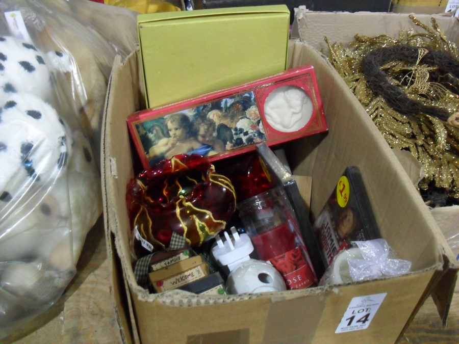 Lot 14 - BOX OF CONTENTS