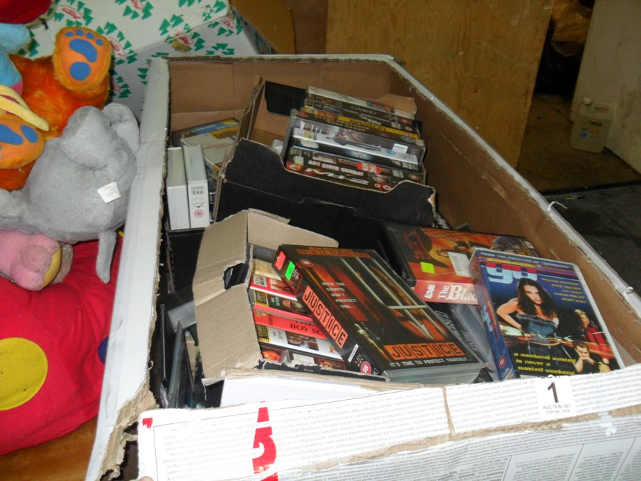 Lot 1 - BOX OF OLD VIDEO TAPES