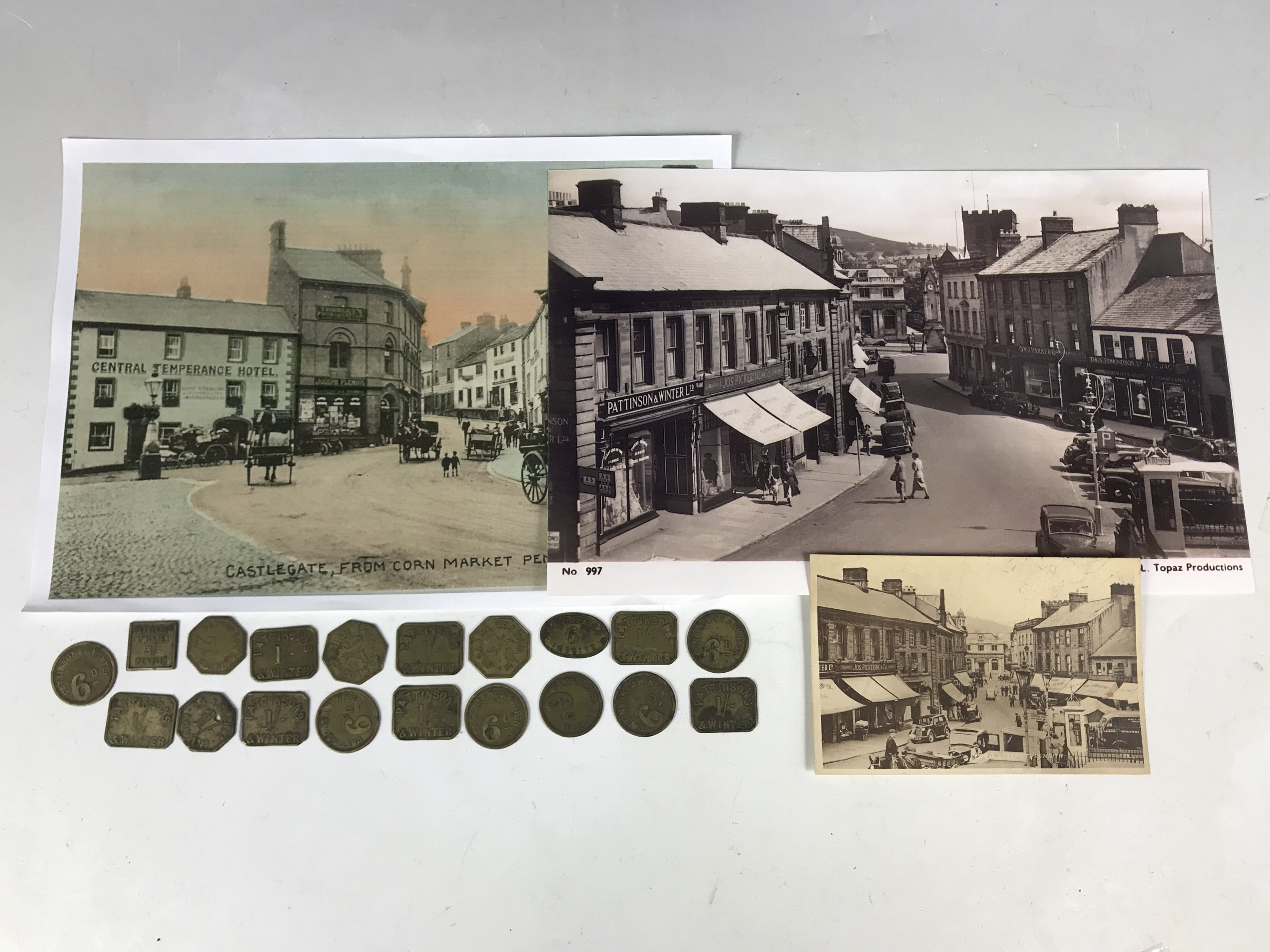 Lot 38 - Sundry Pattinsons & Winter tokens together with associated photos