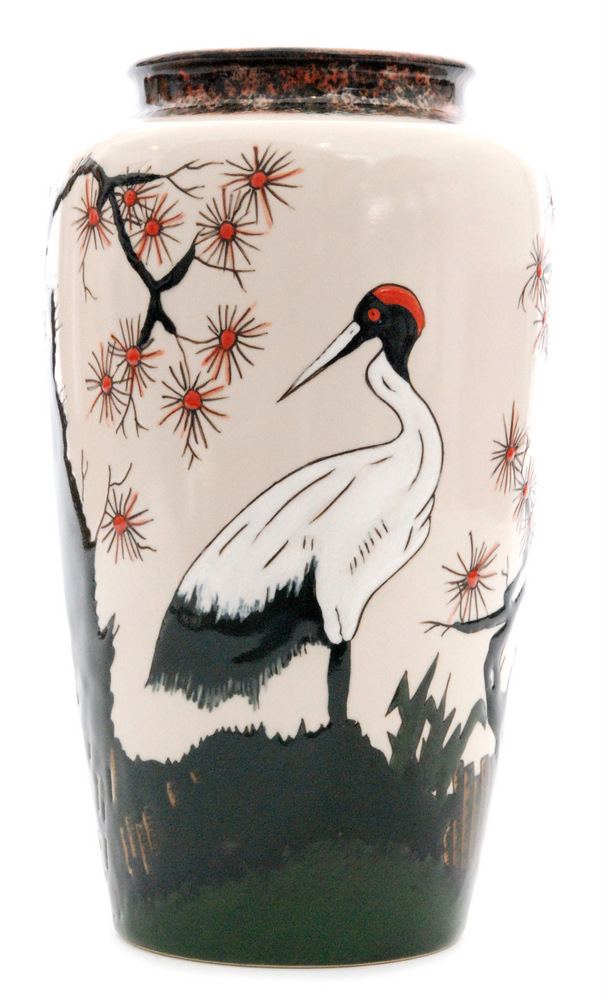 Lot 58 - A large boxed Cobridge Pottery Stoneware vase decorated with a Japanese landscape with cranes