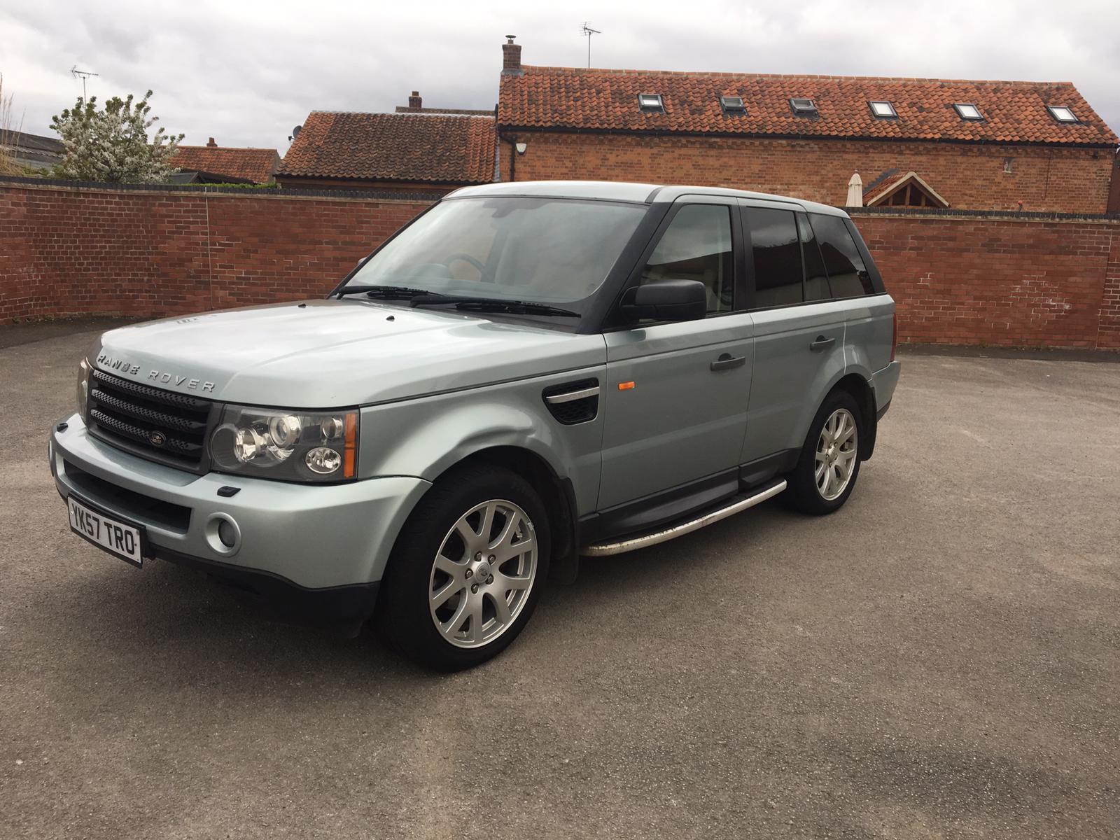 Lot 19 - Range Rover Sport 2.7 TD V6 SE