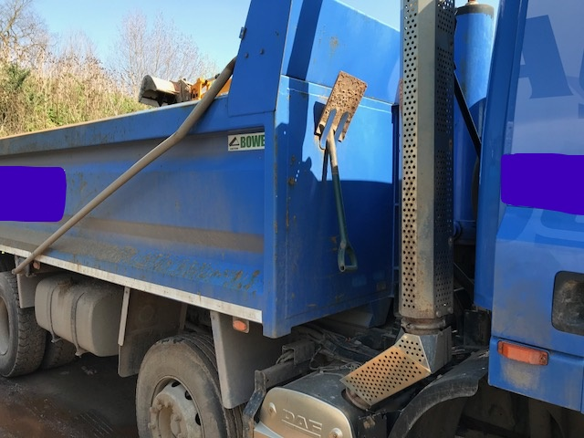 DAF CF 85.360 tipper with AdBlue + VAT - Image 9 of 31