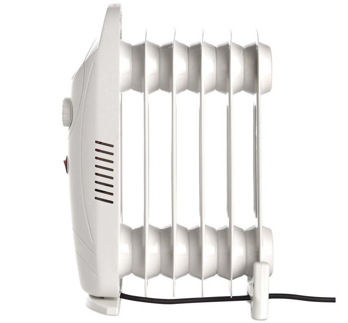 (X34) 1x 6 Fin 800W Oil Filled Radiator - White. Compact yet powerful 800W radiator with 6 oil-fil - Image 2 of 4
