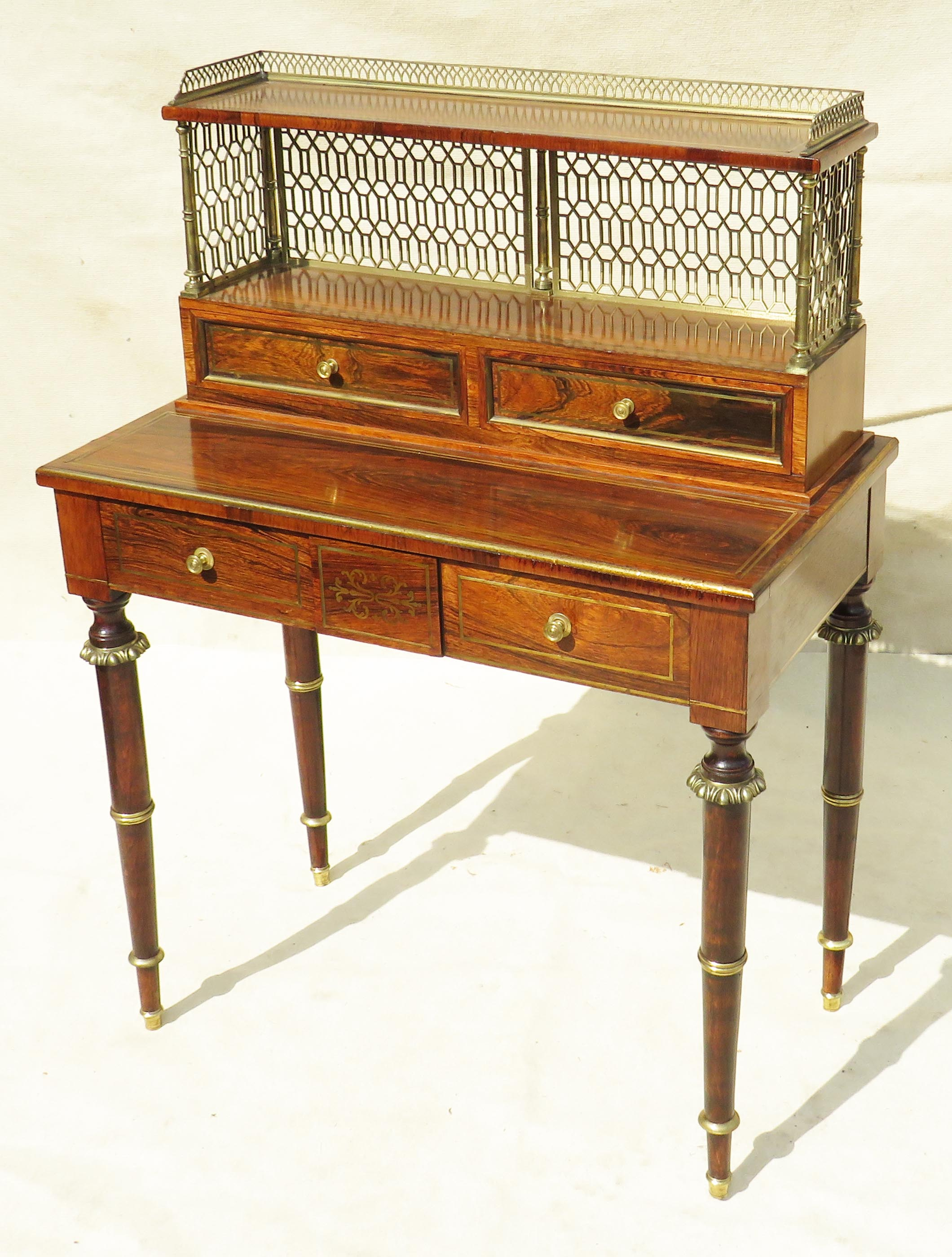 Superb quality Regency period early 19th Century rosewood bonheur du jour
