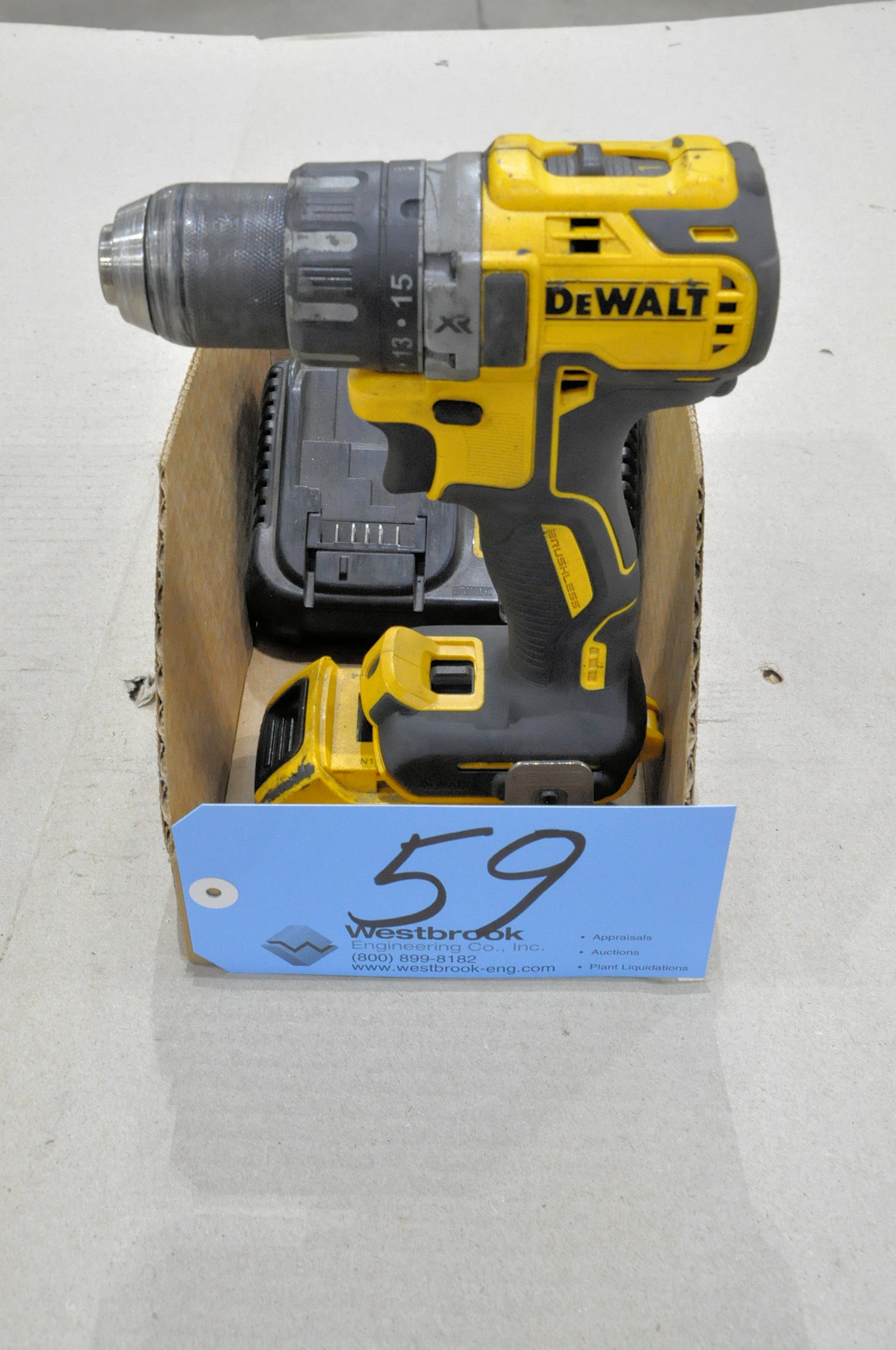 DeWalt 20V Cordless Drill with Battery and Charger in (1) Box