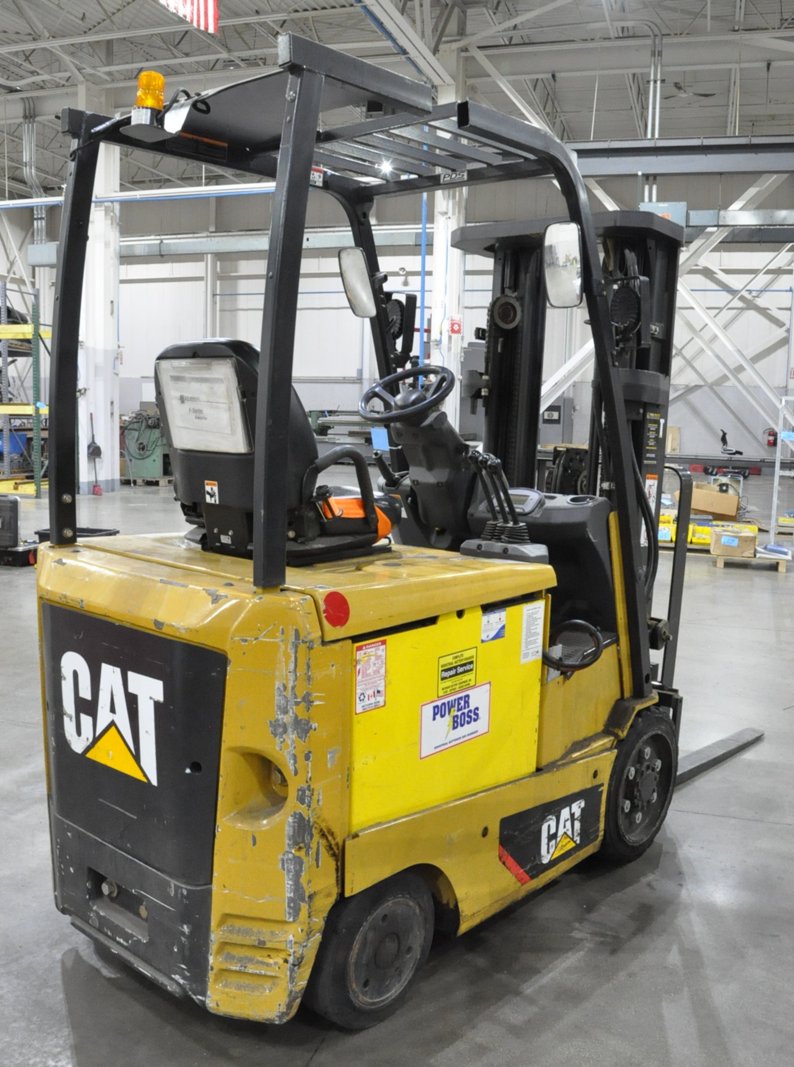 "Caterpillar Model EC25N2, 4,450-Lbs. x 188"" Lift Capacity Electric Fork Lift, 3 Stage Mast, Charger - Image 2 of 7"