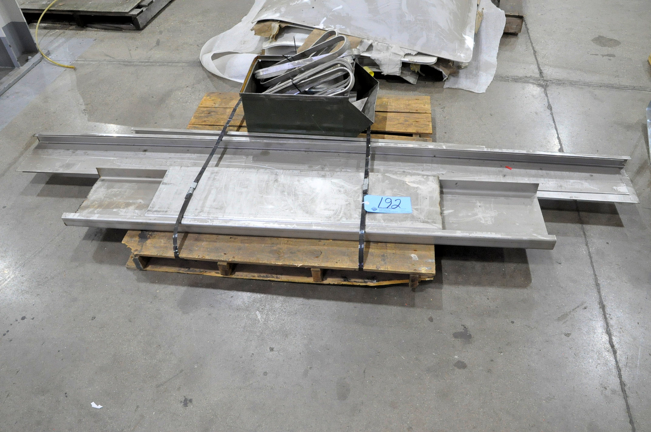 Lot-In Process Track Parts on (1) Pallet
