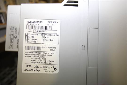 Allen Bradley 2 hp PowerFlex 40 and Other VFDs, (2) Bul 160, Series