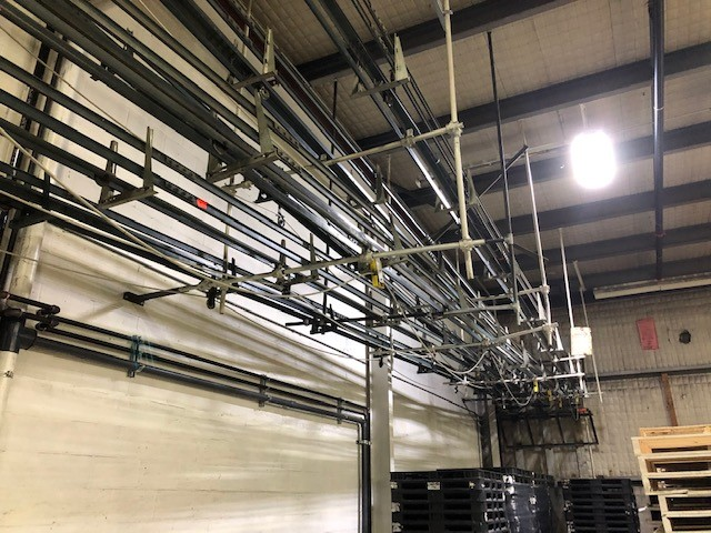 Empty containers cable conveyors (2xgallons, 1xquarts) Cable Conveyor Systems - Image 3 of 5