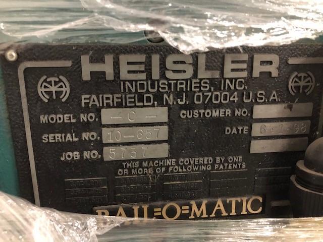 Bail-o-Matic Heisler, model: C, s/n: 10-657, date: 6-1-98 including infeed conveyor - Image 3 of 3