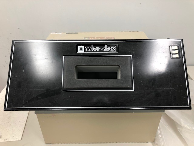 Color check booth Color-Chex sn 810 115V 3A