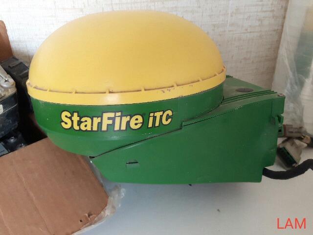Lot 4 - Starfire ITC Auto Steer Bubble