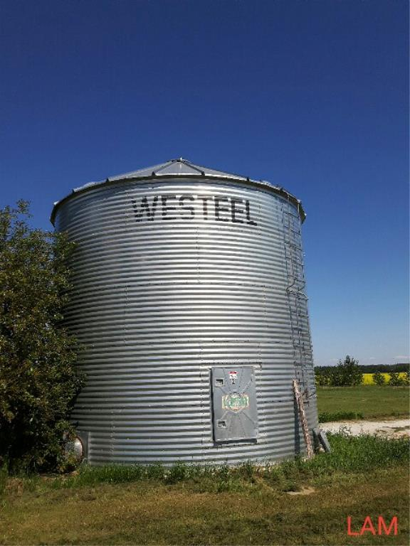 Lot 40 - Bin W2 21 FT x 5 Ring +/- 6000bu Westeel Grain Bin c/w Aeration & OPI Cable, (No Floor)