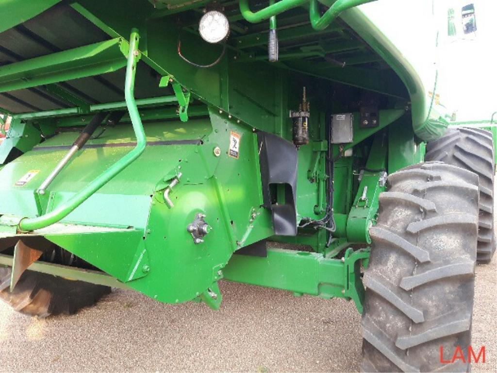 Lot 3 - 2001 STS 9650 JD Combine sn H09650S692245 3763 eng hrs, 3000 sep hrs, 800/65 R32 fr, 1.4-26 rr, c/
