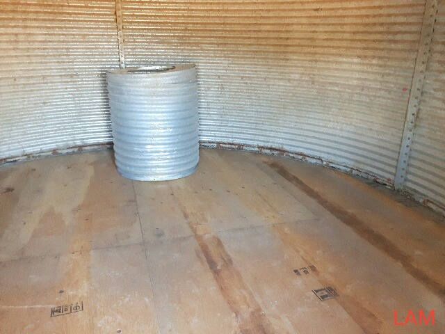 Lot 35 - 2000bu 14FT x 6-Ring Westeel Rosco Grain Bin New Floors, & Aeration