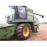7720 JD Combine Hydrostatic Drive, 4434hrs