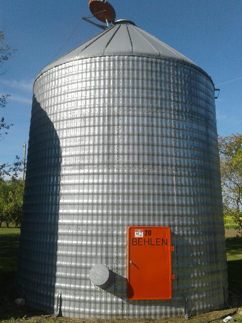 Lot 44 - M2 3200bu 15.5 FT x 4 Ring Behlen Grain Bins No Floors, Selling Off Site