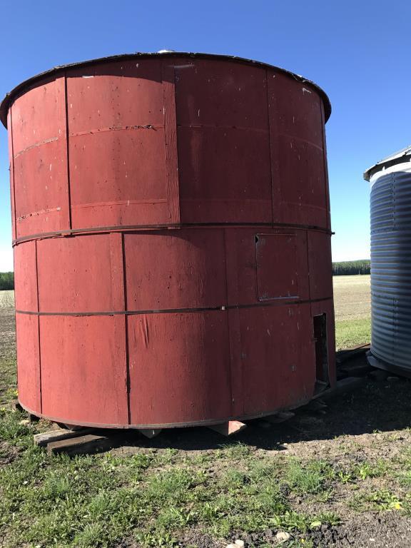 Lot 52 - Bin E8 Wooden Hopper Grain Bin Bin Located in Keg River, for more info contact Ernie Peters @ 780-