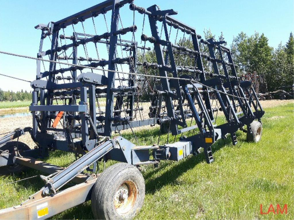 Lot 57 - 50 FT Flexi Coil System 85 Heavy Harrows