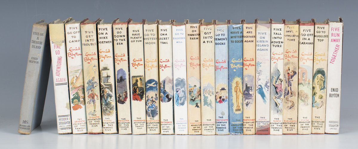 BLYTON, Enid. [The Famous Five Complete Set]. London: Hodder and Stoughton, 1942-1965. 21 vols.,