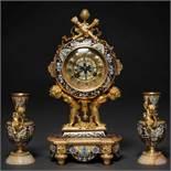 Oudin-Marseille Reloj de sobremesa francés con guarnición de copas estilo Louis XVI en bronce dorado