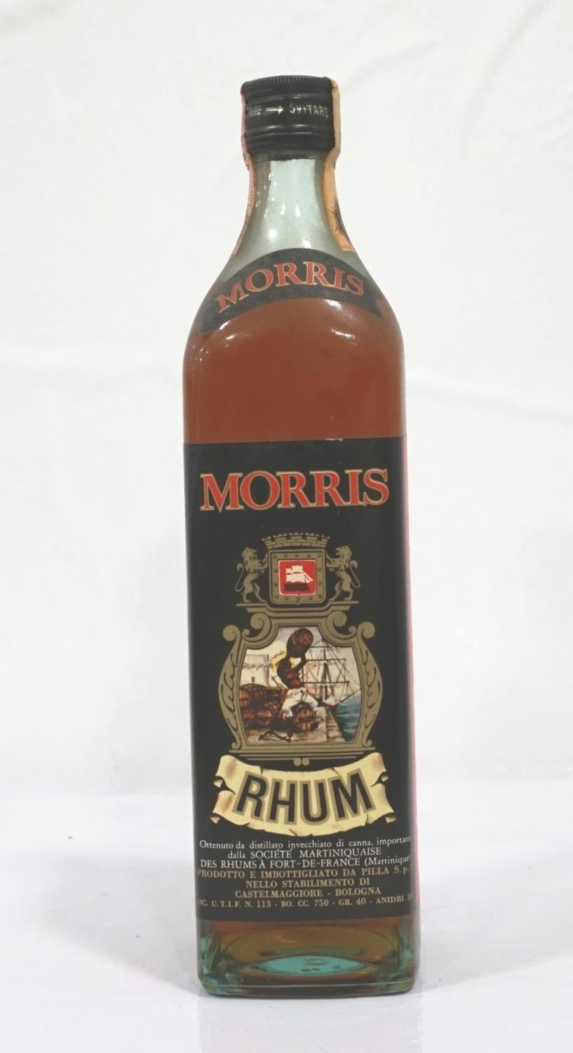 Lot 25 - MORRIS RHUM CIRCA 1960s A well presented bottle of Morris Rhum which we believe to be from the