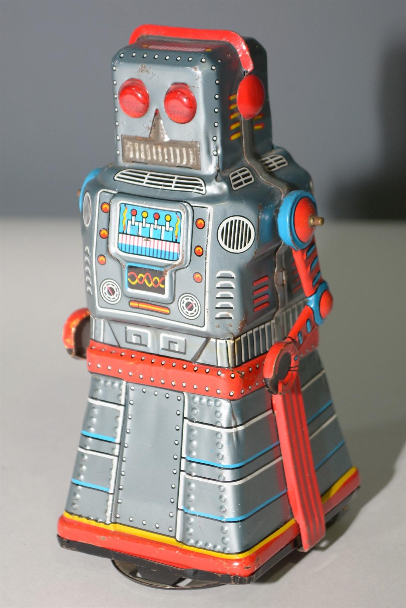 Lot 1041 - KO Japan tin plate Robot
