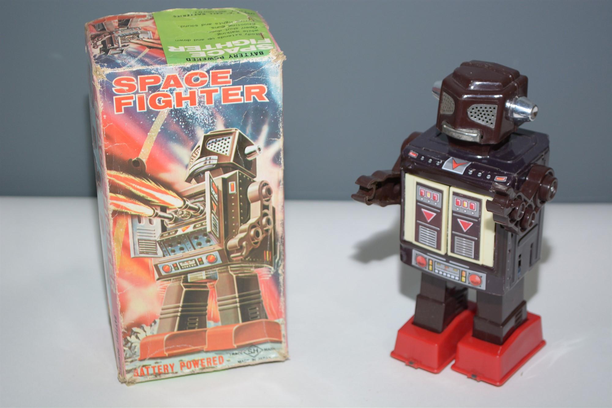 Lot 1013 - Horikawa Space Robot