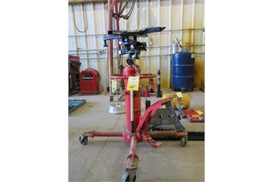 LOT: Top Lift 1100 lb  Capacity Hydraulic 2-Stage Transmission Jack