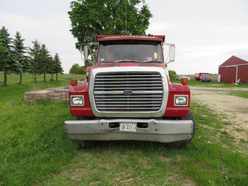 1988 Ford Lt 8000 Dump Truck  14 Ft  Dump Body  Tandem