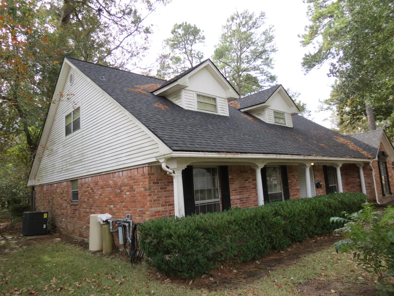 Custom Home in Dickinson, TX