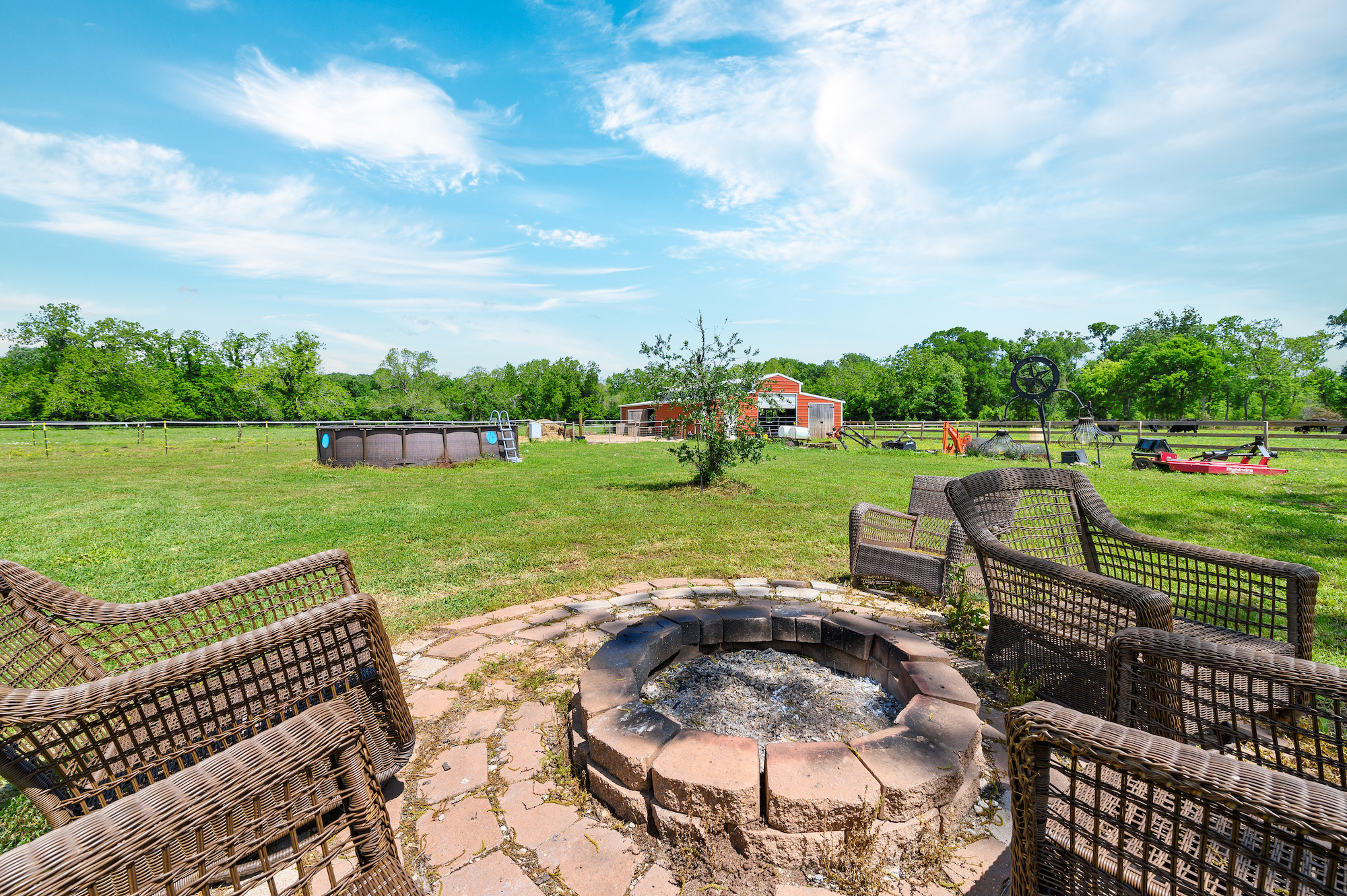 Custom Country Home with Acreage in Sealy - Image 43 of 46