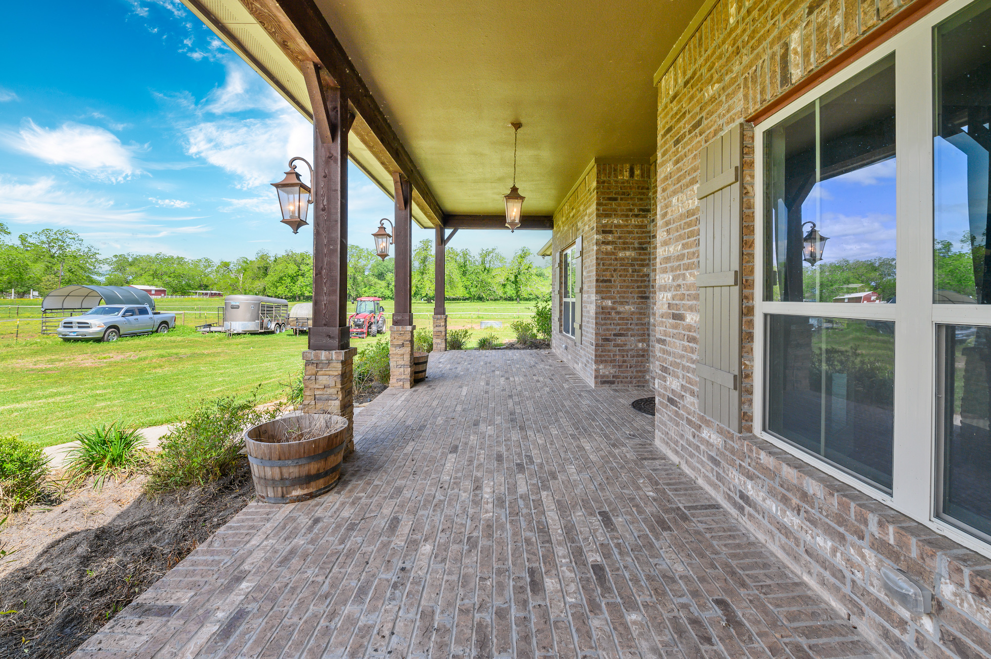Custom Country Home with Acreage in Sealy - Image 38 of 46