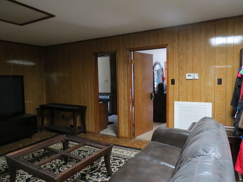 Custom Home in Dickinson, TX - Image 13 of 40